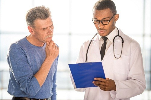 Ngoài thăm khám lâm sàng, để chẩn đoán u xơ tuyến tiền liệt, bác sĩ có thể chỉ định thực hiện siêu âm, X quang, xét nghiệm vi khuẩn học...
