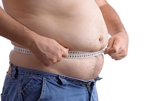 Lượng mỡ cơ thể của nam giới thường tích tụ ở bụng, kéo theo nguy cơ phát triển các bệnh về tim mạch.