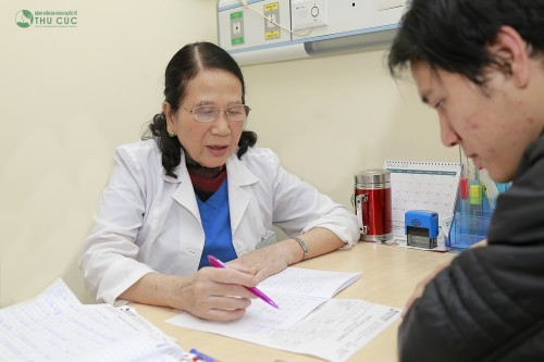 Tùy theo mức độ và tình trạng bệnh của từng người cũng như nguyên nhân gây bệnh mà bác sĩ chuyên khoa sẽ chỉ định phương pháp điều trị bệnh phù hợp. (ảnh minh họa)