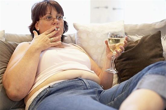 Thừa cân, béo phì cản trở việc thụ thai ở chị em phụ nữ.