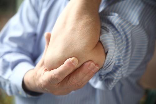 Viêm bao hoạt dịch là một trong những bệnh thường gặp ở hệ thống xương gây ra nhiều phiền toái cho người bệnh.