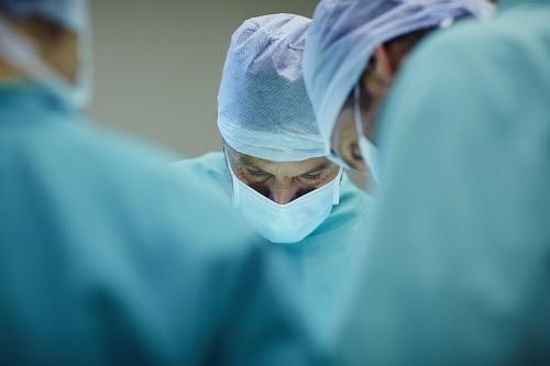 Cách điều trị xoắn tinh hoàn