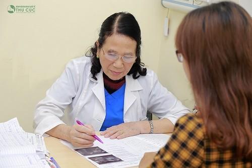 Chị em nên tới trực tiếp bệnh viện để được bác sĩ tư vấn cụ thể để có biện pháp điều trị phù hợp