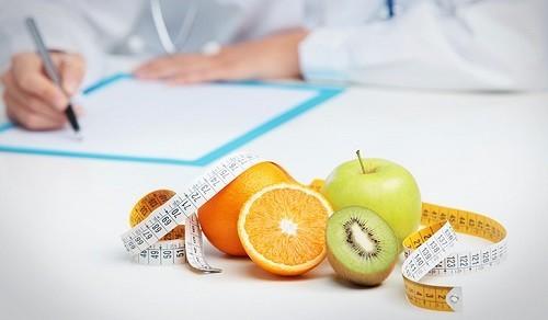 Cường cận giáp là một bệnh có thể chữa được và một chế độ ăn uống đơn giản cũng có thể giúp kiểm soát các triệu chứng, thúc đẩy và duy trì sức khỏe.