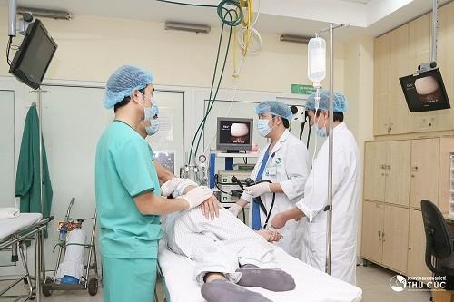 Người bệnh cần tới trực tiếp bệnh viện để được điều trị polyp đại tràng nhanh chóng, hiệu quả