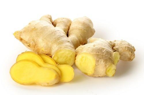 Gừng không chỉ là một loại gia vị trong ẩm thực mà còn có tác dụng điều trị các rối loạn tiêu hóa gây đầy hơi chướng bụng.