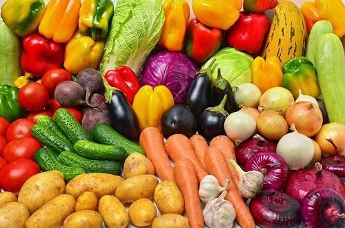 Trái cây và rau quả là nguồn chính của chất chống oxy hóa, giúp tăng cường hệ miễn dịch của cơ thể và hỗ trợ hồi phục sau nhiễm trùng , bệnh tật.