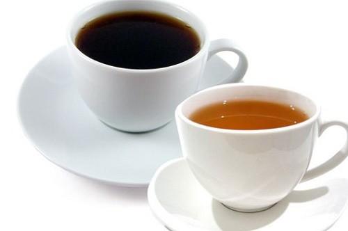 Trà đặc, cà phê, rượu bia...là những thực phẩm gây bệnh trĩ mà ít người biết đến