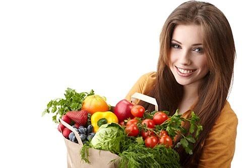 Để phòng bệnh trĩ cần bổ sung nhiều trái cây, rau xanh, củ quả trong bữa ăn hàng ngày