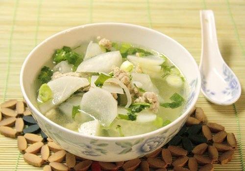 Củ cải được biết đến là loại thực phẩm có tác dụng thanh lọc cơ thể, loại bỏ độc tố