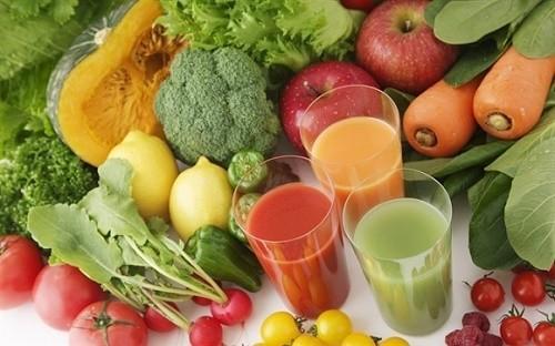 Người bị viêm phổi cần bổ sung nhiều loại trái cây và rau quả bởi chúng giàu chất chống oxy hóa
