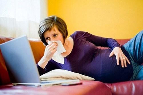Viêm phế quản là một bệnh lý đường hô hấp có thể gặp ở bà bầu