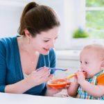 Cách cho bé ăn dặm đảm bảo dinh dưỡng