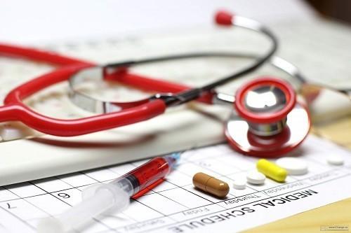 gười bệnh có thể sẽ phải tạm ngừng dùng một số loại thuốc trước khi phẫu thuật để ngăn chặn biến chứng và tương tác với thuốc gây mê.