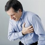 Đau nóng rát ở ngực và lưng