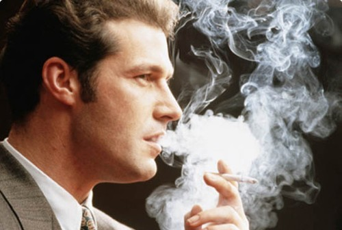 Viêm phế quản mạn tính thường gặp ở người hút thuốc lá, thuốc lào