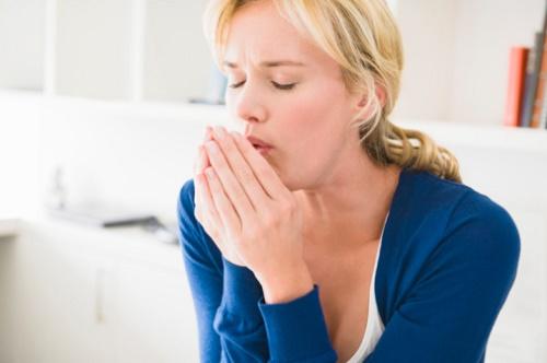 Ho, khó thở nhiều về đêm có thể là triệu chứng của hen phế quản mà bạn không nên bỏ qua