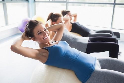 Hãy bắt đầu đi bộ, dành thời gian tập thể dục thường xuyên để đặt cân nặng chuẩn.