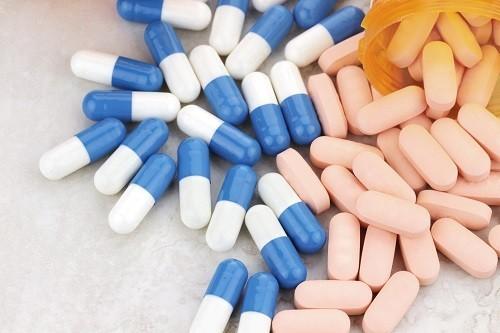 Tránh sử dụng quá nhiều thuốc giảm đau có chứa với acetaminophen có thể gây tổn thương thận.
