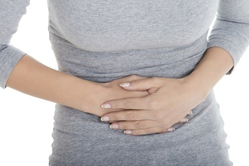 Tiêu chảy là một trong nhiều triệu chứng mà một người có men gan cao có thể gặp phải trong quá trình phát triển bệnh.