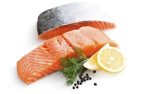 Trong chế độ ăn uống hàng ngày hãy lựa chọn các thực phẩm chứa chất béo lành mạnh.