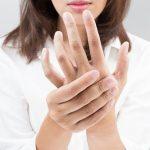 Nguyên nhân gây ngứa ran ở ngón tay và bàn tay