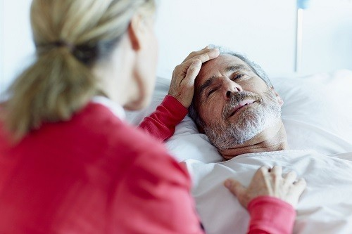 Ung thư di căn nhiều khả năng gây tràn dịch màng ngoài tim bao gồm ung thư vú, ung thư phổi, ung thư máu, u lympho Hodgkin và u lympho không Hodgkin.