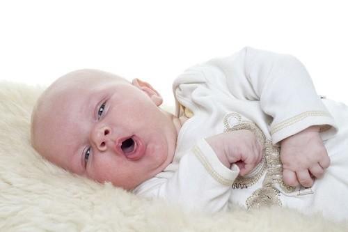 Bệnh suy hô hấp ở trẻ sơ sinh thường gặp ở trẻ sinh non tháng, do phổi chưa trưởng thành.