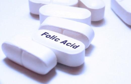 bo-sung-acid-folic-cho-phu-nu-mang-thai-nhu-the-nao-la-tot