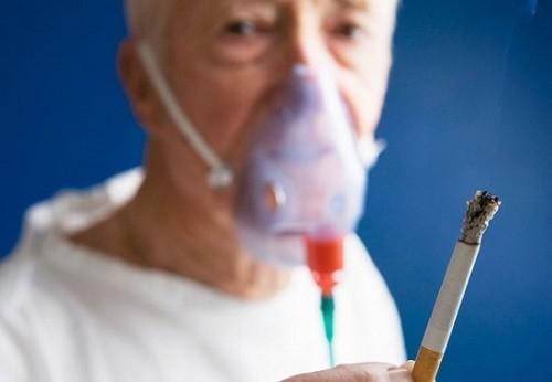 Ngừng thuốc lá là biện pháp hữu hiệu giúp kiểm soát và cải thiện sớm bệnh phổi tắc nghẽn mạn tính