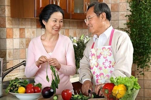 Người bệnh cần bổ sung nhiều loại dinh dưỡng để đảm bảo cơ thể nhận được các chất dinh dưỡng thiết yếu.