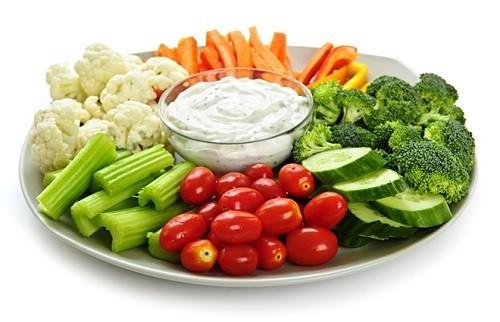 Người bị viêm phế quản mạn tính cần ăn nhiều rau xanh, cung cấp chất xơ và vitamin cho cơ thể