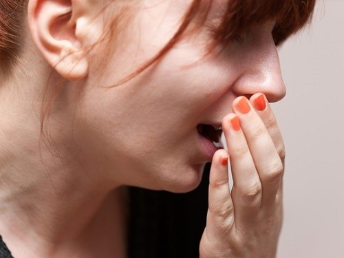 Dấu hiệu bệnh lao phổi thường thấy như ho, khạc đờm hoặc ho ra máu...ảnh hưởng tới sức khỏe