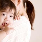 Làm gì khi trẻ bị nôn trớ?