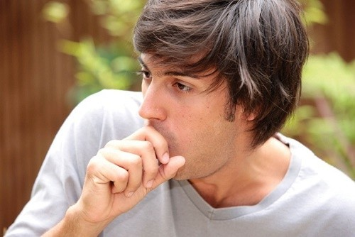 Ho là một cơ chế sinh lý bảo vệ cơ thể, nhưng cũng là triệu chứng của một số bệnh khác nhau