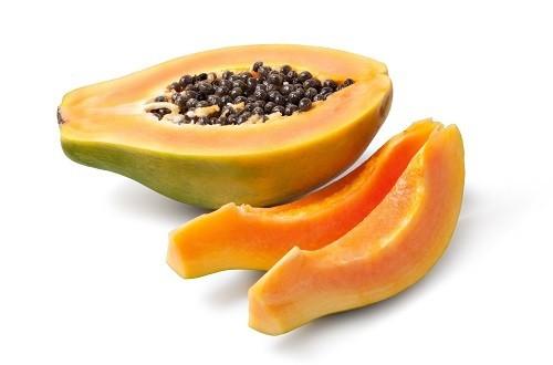 Quả đu đủ có chứa một loại enzyme gọi là papain phân hủy protein và làm cho nó rất dễ tiêu hóa.