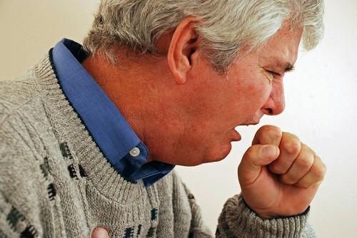 Khi bị viêm phế quản, chế độ ăn uống đóng vai trò vô cùng quan trọng giúp tăng cường sức khỏe và cải thiện sớm bệnh