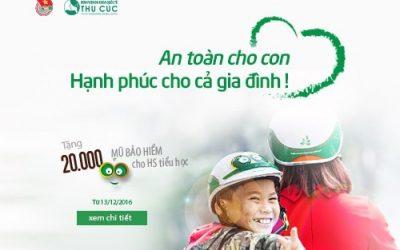 BV Thu Cúc tặng 20.000 mũ bảo hiểm cho học sinh tiểu học