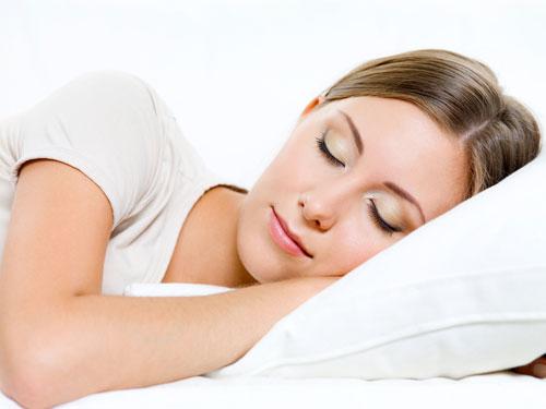 Nếu bạn ngủ ít nhất 8 tiếng mỗi ngày sẽ góp phần quan trọng trong việc duy trì chức năng miễn dịch.