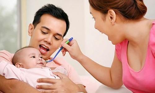 Cha mẹ cần có chế độ chăm sóc trẻ hợp lý khi bị bệnh để cải thiện sớm tình trạng sức khỏe