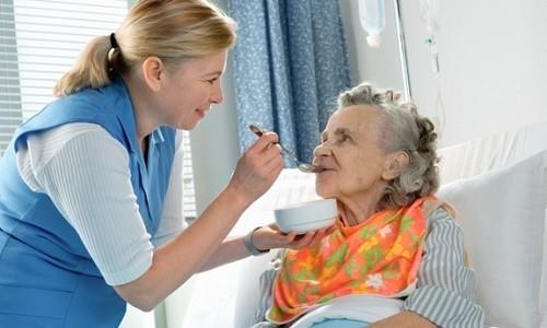 Cần có chế độ chăm sóc người bệnh phù hợp thông qua chế độ ăn uống và nghỉ ngơi hàng ngày