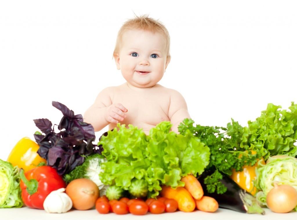 Chế độ dinh dưỡng cho trẻ mới ốm dậy cần tránh cho ăn các thức ăn chứa nhiều nhiều đường, đồ uống có ga vì có thể khiến tiêu chảy nặng hơn.