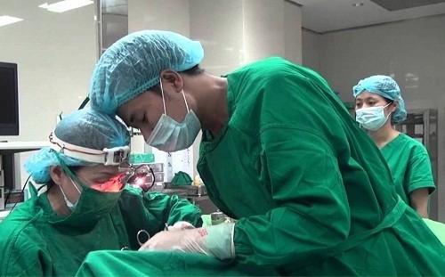 Viêm VA nếu không thể điều trị nội khoa bác sĩ sẽ chỉ định điều trị ngoại khoa