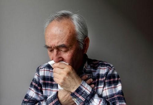 Nếu không phát hiện và điều trị sớm bệnh ngay từ giai đoạn đầu, viêm phổi sẽ gây biến chứng nguy hiểm