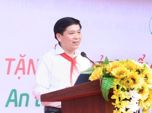Đồng chí Nguyễn Long Hải, Bí thư Trung ương Đoàn, Chủ tịch Hội đồng Đội Trung ương phát biểu tại chương trình