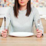 6 mẹo ăn uống giúp cải thiện tâm trạng và chuyển hóa cơ thể