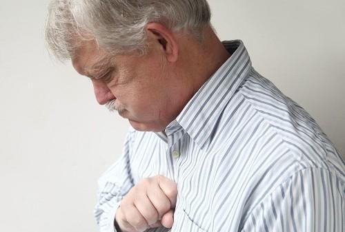 Ợ nóng là cảm giác nóng rát ở phần ngực dưới kèm theo vị chua, đắng ở miệng và vùng hầu.