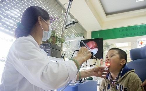 Khám tai mũi họng thường xuyên
