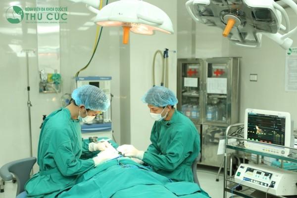 Phẫu thuật kết hợp xương bằng nẹp vít tại bệnh viện Thu Cúc
