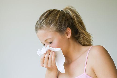 Viêm mũi dị ứng không những ảnh hưởng đến sức khỏe mà còn gây phiền toái cho người bệnh